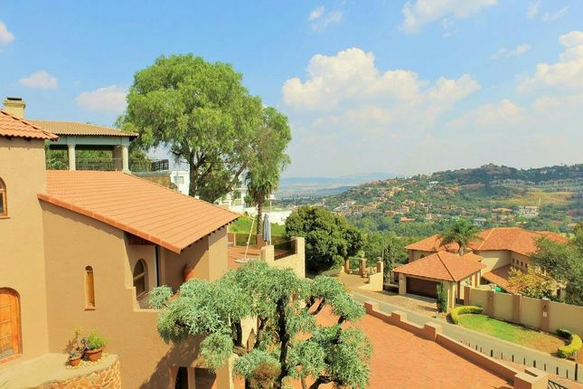 Thumbnail Detached house for sale in Basroyd Drive, Southern Suburbs, Gauteng