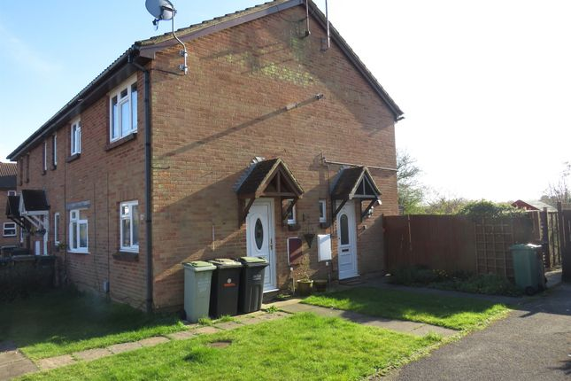 Thumbnail Property for sale in Glenfield Road, Luton