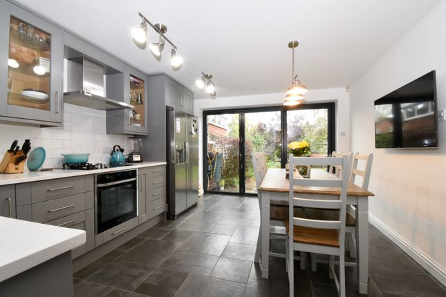 Thumbnail Link-detached house for sale in Chambers Gate, Stevenage
