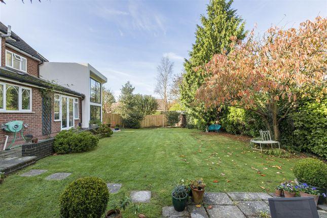 Hill close leamington spa cv32 4 bedroom detached house for Modern homes leamington