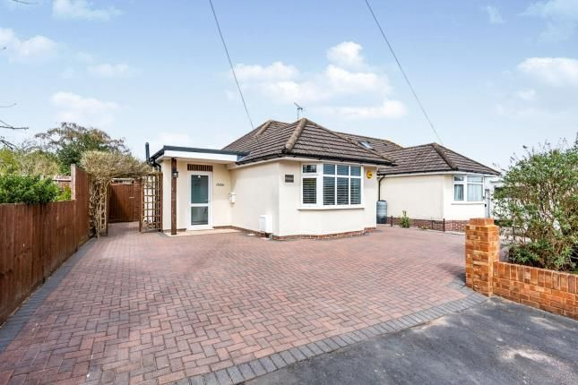 2 bed bungalow for sale in Southampton, Hampshire, . SO16