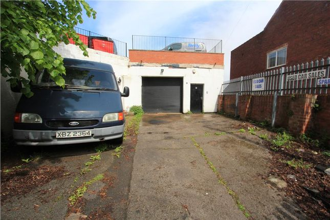 Thumbnail Light industrial to let in Garage To R/O 161 Balby Road, Doncaster, South Yorkshire