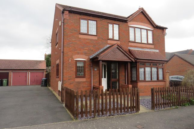Thumbnail Property to rent in Daniell Road, Wellesbourne, Warwick