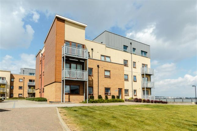 Thumbnail Flat to rent in Continuity Court, Greenhithe, Kent