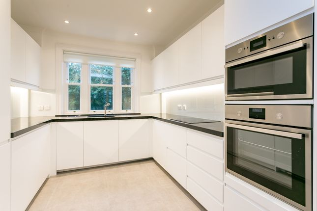 Thumbnail End terrace house to rent in Mitchell's Place, London
