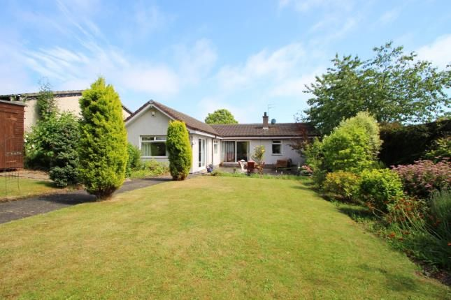 Thumbnail Bungalow for sale in Bennochy Avenue, Kirkcaldy, Fife