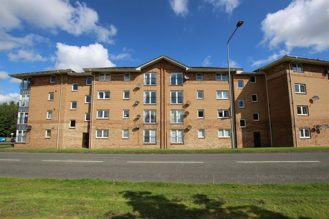 Thumbnail Flat for sale in Swallow Brae, Livingston