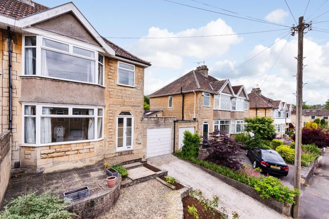 3 bed property for sale in Rowacres, Bath BA2