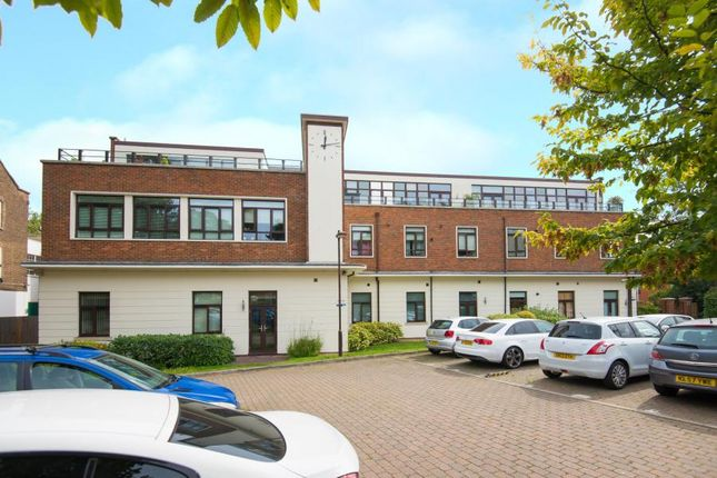 Thumbnail Flat for sale in Tempus Court, 128-138 High Road, London