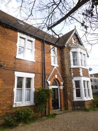 1 bed flat to rent in Dynevor Road, Bedford MK40