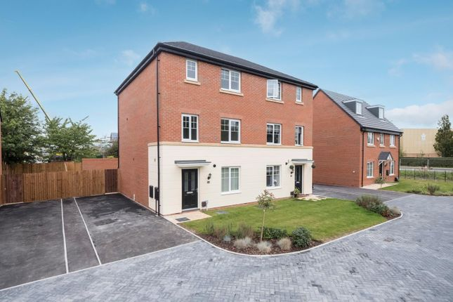 4 bed semi-detached house to rent in Devana Gardens, Chester CH4