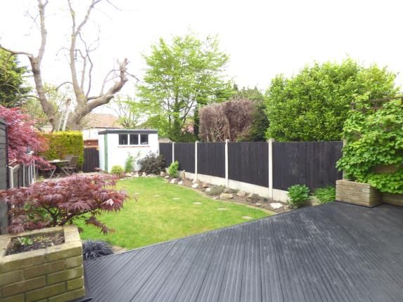 Thumbnail Terraced house for sale in Crescent Avenue, Hornchurch