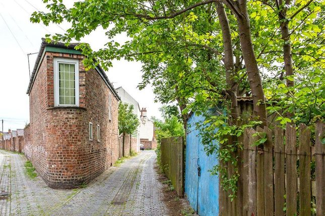 Thumbnail Detached house for sale in Ashville Street, York