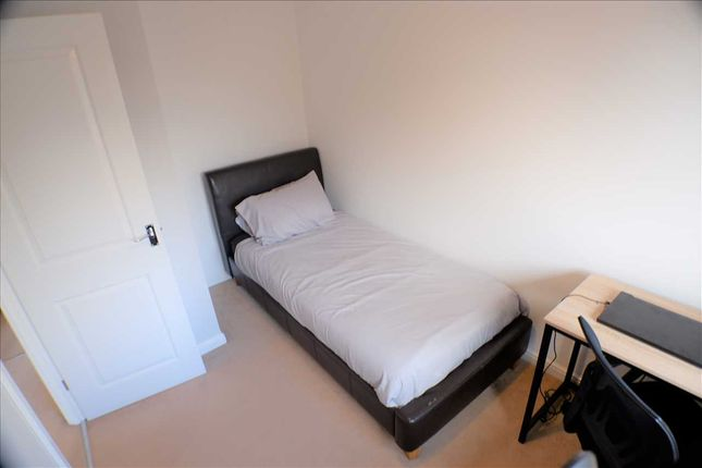 Bedroom 2 of Worcester Court, Tonyrefail, Porth CF39