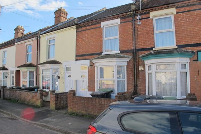Thumbnail Terraced house to rent in Cranbourne Road, Gosport