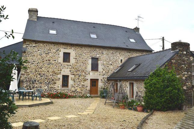 Thumbnail Detached house for sale in 56120 La Grée-Saint-Laurent, Morbihan, Brittany, France