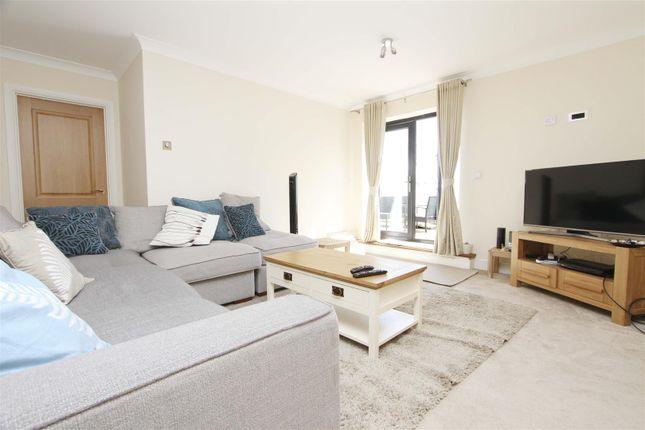 Thumbnail Flat to rent in London View, Swakeleys Road, Ickenham