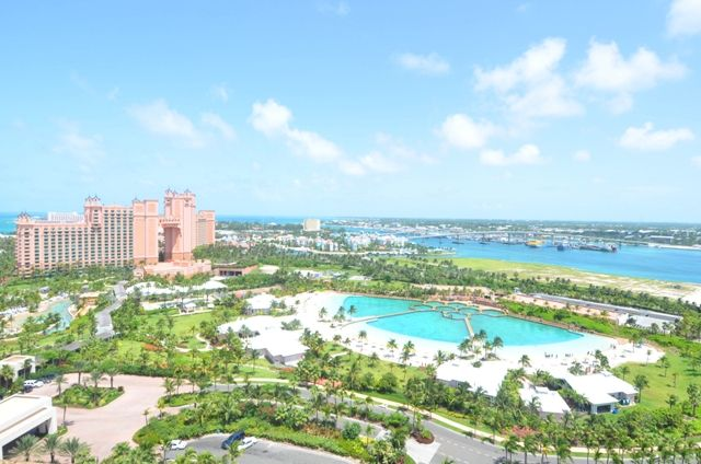 Apartment for sale in Paradise Beach Dr, Suite 19, Paradise Island, Bahamas
