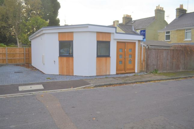 Thumbnail Detached bungalow for sale in Ferndale Rise, Cambridge
