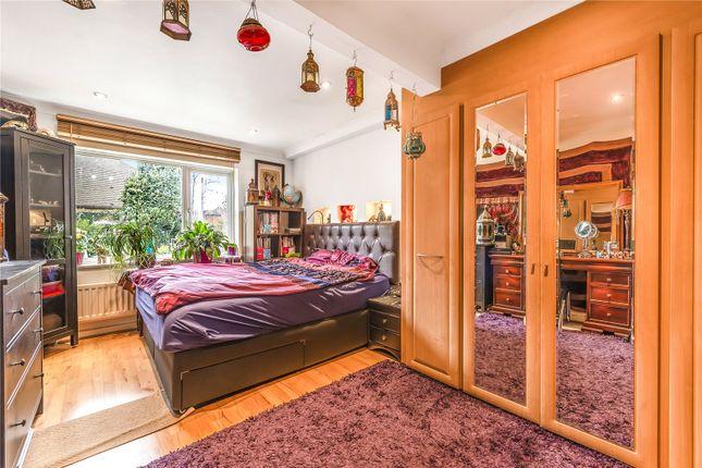 Bedroom: Cr2 of Elmfield Way, Sanderstead CR2