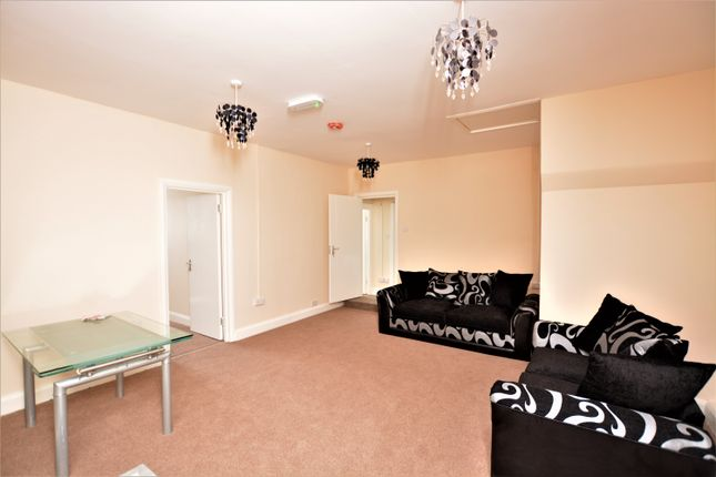 Thumbnail Flat to rent in Uxbridge Road, Southall