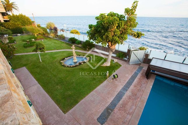 Thumbnail Villa for sale in Spain, Barcelona North Coast (Maresme), Sant Andreu De Llavaneres, Mrs1389