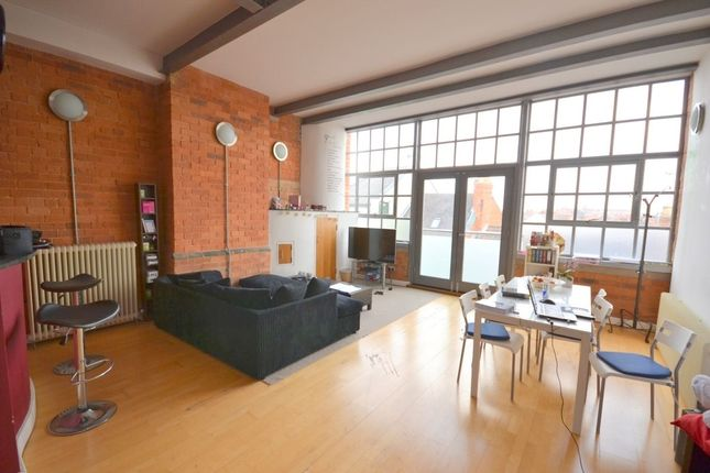 Thumbnail Flat for sale in Grove Road, Northampton