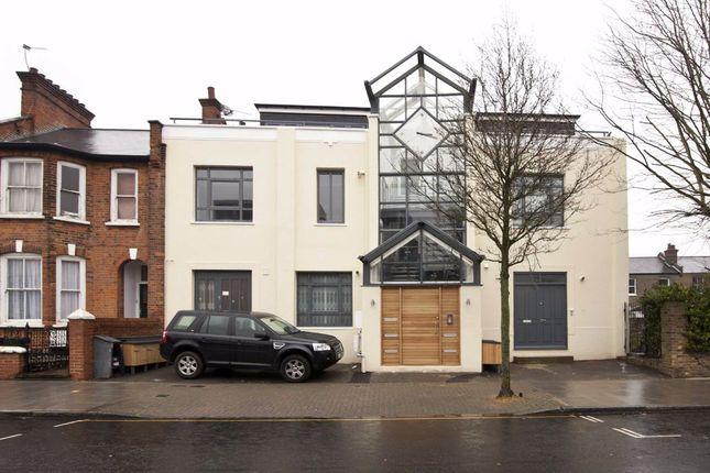 Thumbnail Flat to rent in Latimer Industrial Estate, Latimer Road, London