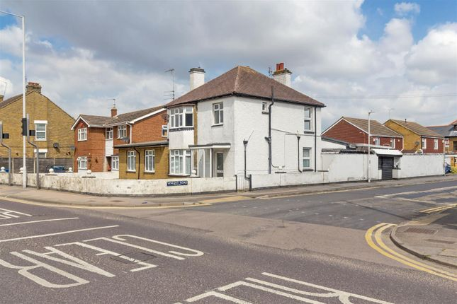 Can Ext_2 Max of Canterbury Road, Sittingbourne ME10