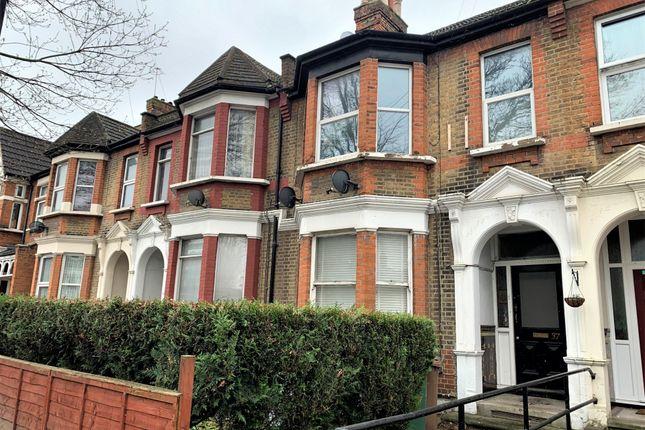 Flat to rent in Poppleton Road, Leytonstone