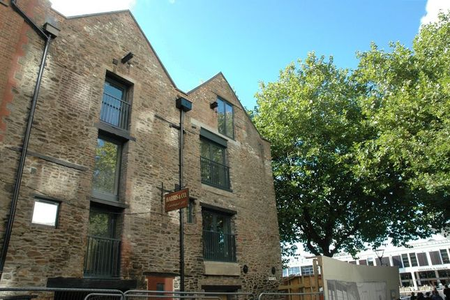 Thumbnail Property to rent in The Harris Lofts, Narrow Quay