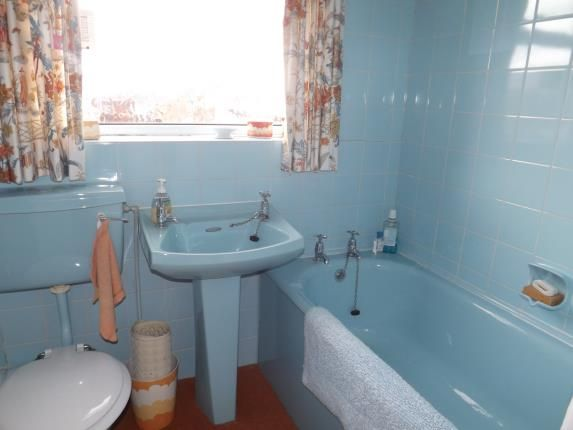 Bathroom of Clarence Court, Rawcliffe Street, South Shore, Blackpool FY4
