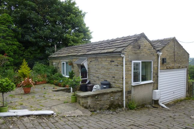 Thumbnail Cottage to rent in Wood Top, Hebden Bridge