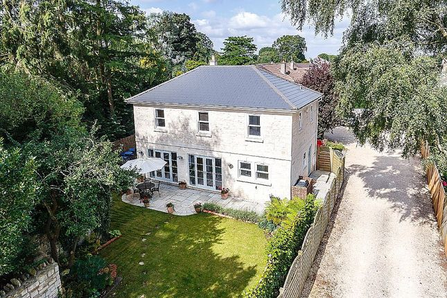 4 bed detached house to rent in Beech Avenue, Bath, Somerset