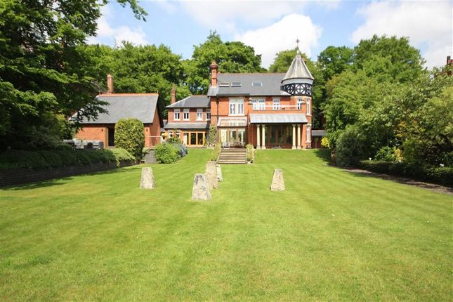 Thumbnail Detached house for sale in Westlecot Road, Old Town, Swindon