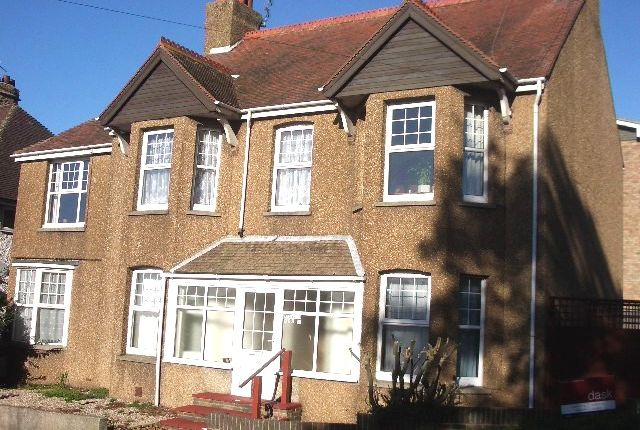 Thumbnail Flat to rent in Little Common Road, Bexhill On Sea