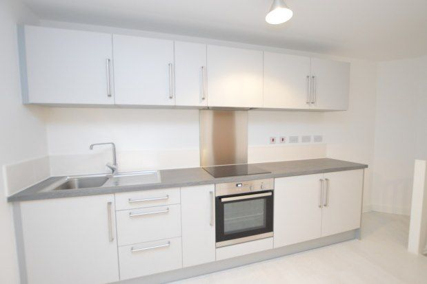 2 bed property to rent in Carnforth Avenue, Wakefield WF1
