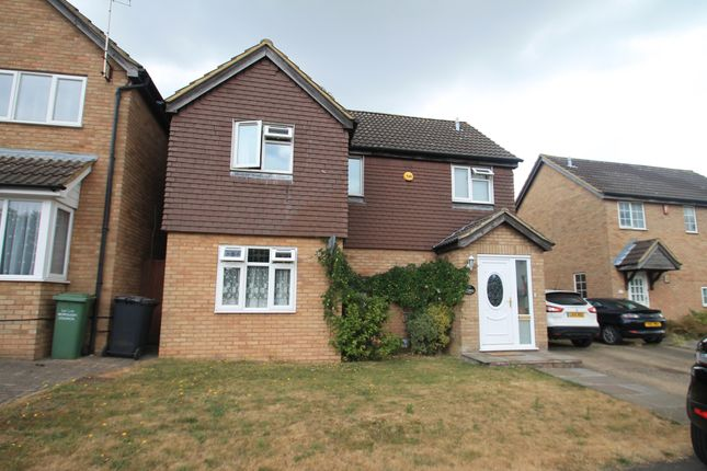 Thumbnail Property to rent in Ravenhill Way, Luton