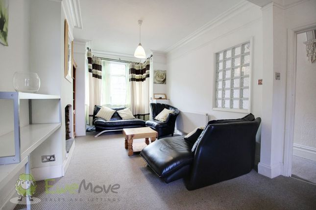 Living Room of Chiltern Rise, Luton LU1