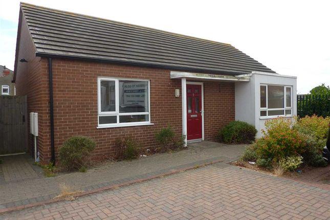 Thumbnail Detached bungalow for sale in Elizabeth Mews, Grimsby