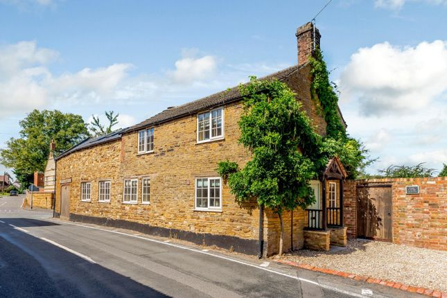 Thumbnail Cottage for sale in Sywell Road, Holcot, Northampton