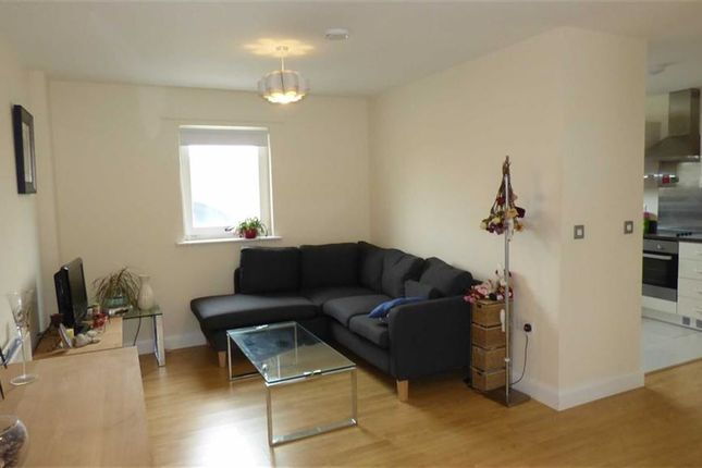 Thumbnail Property for sale in Reculver Road, London