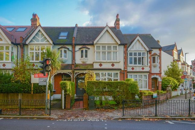 Thumbnail Property for sale in Clapham Common West Side, London