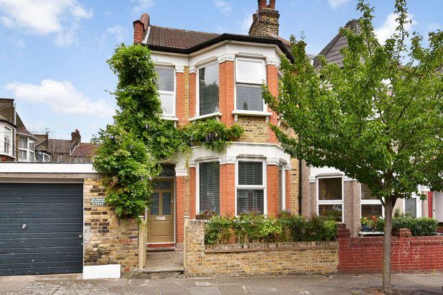 Thumbnail Property for sale in Ripon Road, London