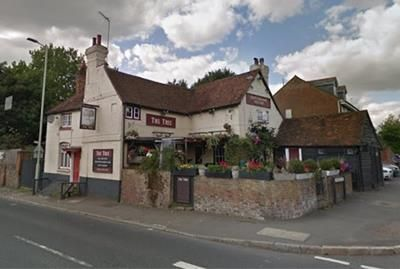 Thumbnail Pub/bar for sale in The Tree, 166 Uxbridge Road, Rickmansworth, Hertfordshire