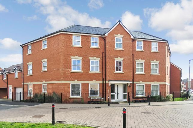 Thumbnail Flat for sale in Sanger Avenue, Biggleswade