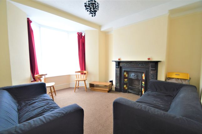 Thumbnail Room to rent in King Street, Treforest, Pontypridd