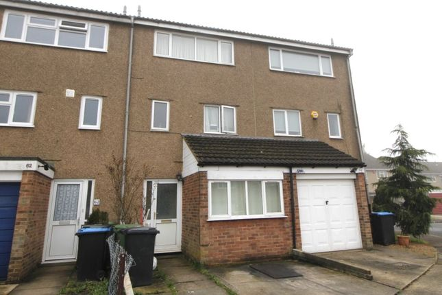 Thumbnail Room to rent in Dunlin Road, Hemel Hempstead