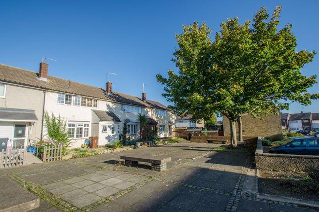 Picture No. 10 of Siddons Road, Stevenage, Hertfordshire SG2