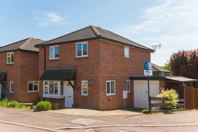Thumbnail Link-detached house for sale in Mortain Drive, Northchurch, Berkhamsted